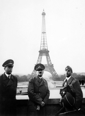 HITLER EN PARIS 1940